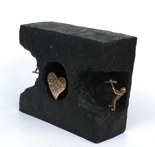 kerstin-stark-skulpturer-titel-at-finde-ind-til-kaerligheden-236-895459